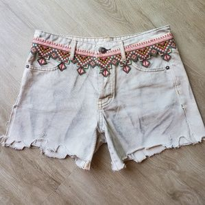 NWOT Free people embroidered cut off denim shorts